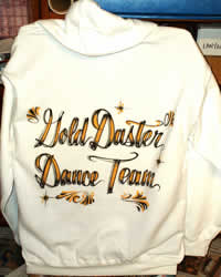 airbrush lettering on fleece jacket